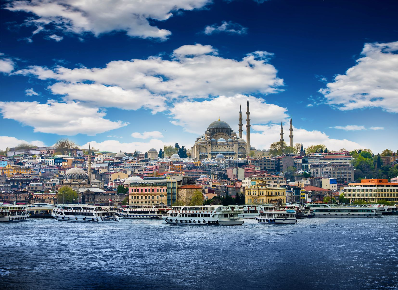 Shutterstock_Istanbul_2MB